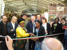 #Altrocioccolato 2013 - L'inaugurazione con le autorità locali e i giovani ivoriani coinvolti nel progetto turismo e Chocodivo.