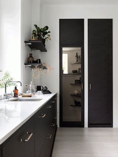 Ballingslov kitchen - via cocolapinedesign.com