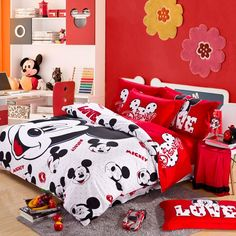 Red And White Mickey Mouse Head Kids Bedding For Christmas