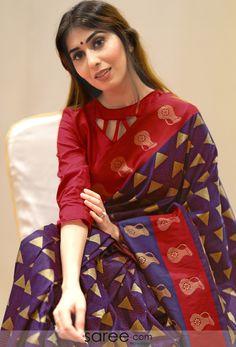 Navy Blue Art Silk Triangle Motifs Woven Saree with Golden Pallu Indian Fashion Dresses, Dress Indian Style, Saree Fashion, Indian Wear, Indian Outfits, Saree Blouse Neck Designs, Fancy Blouse Designs, Saree Models, Blouse Models
