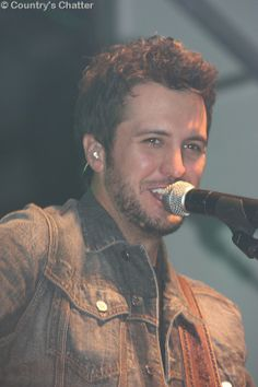 luke Bryan pics   ... NRA Country and Luke Bryan together again for Bryan's Farm Tour
