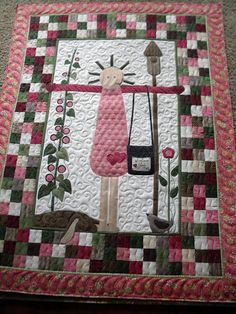 This is Betty's cute quilt  From Jenny's Doodling Needle.