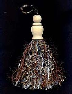all types of tassels. very good tutorial. Love to use on furniture