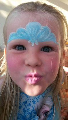 Princess tiara ice blue