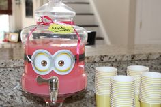 Minion Lemonade, pink and yellow party Minion Baby, Girl Minion, Minion Birthday, 4th Birthday Parties, 2nd Birthday, Birthday Ideas, Kendall Birthday, Homemade Minion Costumes, Minion Pumpkin