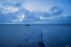 """L'océan est la mémoire du temps - The soul knows the way""   #fevelin #BluePlanet2 #wwf #artoftheday #pictureoftheday #heytate #BBCOne #OurBluePlanet #contemporaryart #nature #blue #sea #zen #waves #atlanticocean #landscape #longexposure #artspoil #cfaberlin #BBCearth #photographyoftheday #fiac #heytate #MMMexplore #floatshow #spectraculture #konbini #hyperallergic #landscapescapture"