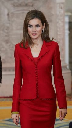 January 15 , 2015 - King Felipe VI of Spain and Queen Letizia of Spain attend the 2014 Investigation National Awards ceremony at The Royal Palace of Madrid, Spain . Suits For Women, Jackets For Women, Clothes For Women, Elegant Outfit, Elegant Dresses, Classy Outfits, Stylish Outfits, Simple Kurta Designs, Queen Letizia