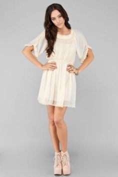 i want a flowy white dress like this!