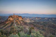 The Dying City, Civita di Bagnoregio, Italy by Giacomo Gramazio  https://f11news.com/27/02/2018/the-dying-city-civita-di-bagnoregio-italy-by-giacomo-gramazio