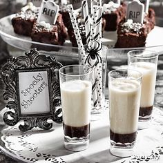 Spooky shooters are screamin' good with graveyard brownies. You've been warned!