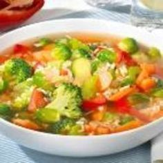 5 Kilo abnehmen mit Suppendiät: Die Schlanksuppe Lose weight with the best fat burner soups Lose 5 pounds with soup diet: The soup soupLose 5 pounds with soup diet: The soup soupEasy 5 Day Apple Diet to Lose 10 Pounds in 7 Days Dieta Hcg, Dieta Paleo, Detox Recipes, Soup Recipes, Healthy Recipes, Sumo Detox, Best Fat Burner, Low Glycemic Diet, Clean Eating