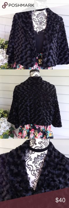 Haani Cropped Faux Fur Bolero Jacket Size 1X Faux fur. 1X. Haani. The eye from the hook in the eye has come loose on one side but can be easily tat back into place. No flaws fully lined. Free gift with purchase Haani Jackets & Coats Capes