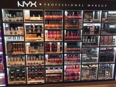 Ich habe die neue NYX Kosmetik-Theke bei dm entdeckt. http://www.combeauty.com/nyx-kosmetik-dm-drogerie-maerkten.html