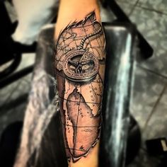 Amazing. Beautiful compass and map tattoo More