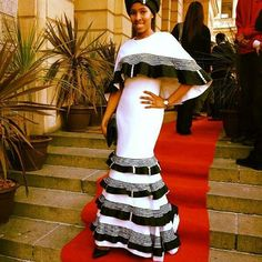 Her Royal Highness @nodiyala  looking exquisite in this #bongiwewalaza design