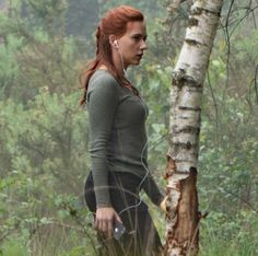 Black Widow Film, Black Widow Natasha, Pretty Babe, Natasha Romanoff, Scarlett Johansson, Marvel Dc, Pretty People, Picture Video, Behind The Scenes