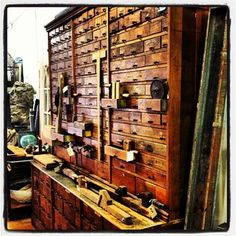 Paid a visit to one of our customer's interior design warehouse today. Antiquities - 2025 E University  Phx. #vintage #furniture #industrial #antiquities #porterbarnwood