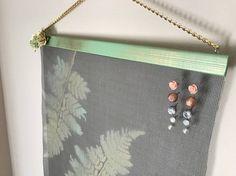 Green/Gold Leaf Wall Hanging Jewelry Organizer
