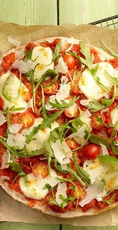 Pizza Snacks, Bratwurst, Hawaiian Pizza, Finger Foods, Vegetable Pizza, Quiche, Ham, Sandwiches, Good Food