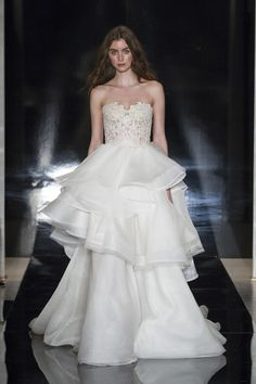Illusion Tulle Skirts Ball Gown Wedding Dresses 2016 Sweetheart Neckline Organza Bridal Gowns Backless Wave Details Wedding Gowns Discount Wedding Dress Exotic Wedding Dresses From Yaostore, $170.86| Dhgate.Com
