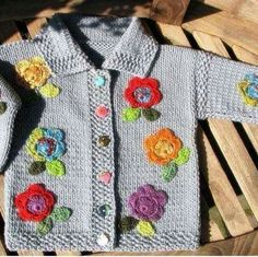 Picture only, great embellishments Knitting For Kids, Crochet For Kids, Knitting Projects, Baby Knitting, Crochet Baby, Knitting Patterns, Knit Crochet, How To Purl Knit, Knit Fashion