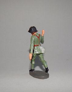 """""""Schweizer Pionier tragend"""" von Elastolin - 7,5 cm Massesoldat"""
