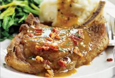 Juicy Pork Chops with Bacon
