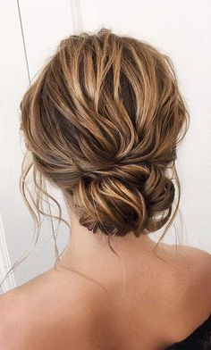 wedding updos for medium length hair,wedding updos,updo hairstyles,prom hairstyles , wedding hair Looking for the latest hair do? Whether you want to add more edge or elegance – Updo hairstyles can easily make you look sassy and elegant. Straight Prom Hair, Curly Prom Hair, Long Hair Ponytail, Prom Hair Down, Prom Hairstyles For Short Hair, Braids For Long Hair, Diy Hairstyles, Wedding Hairstyles, Gorgeous Hairstyles