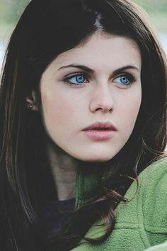 Alexandra Daddario ✾                                                                                                                                                                                 Mehr