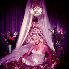 0 diana dors in nightdress