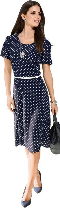 Lady Kleid mit figurschmeichelnden Abnähern ab 59,99€. Kleid mit leicht ausgestelltem Rock, Polyester, Elasthan, Figurumschmeichelnde Form bei OTTO