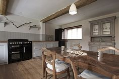 Holiday Cottages in Sharrington, North Norfolk, England E4963