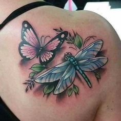 dragonfly and butterfly tattoo - Yahoo Image Search Results Mago Tattoo, Tattoo Femeninos, Ink Tattoos, Flower Tattoos, Body Art Tattoos, Sleeve Tattoos, Crown Tattoos, Heart Tattoos, Skull Tattoos
