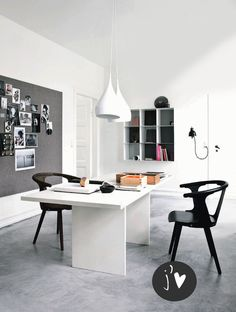A good design in the room to feel at comfort is ideal for the job to work well! Home office interior design trends ideas! Home Office Space, Home Office Design, House Design, Design Design, Office Spaces, Cafe Design, Design Trends, Design Ideas, Home Music