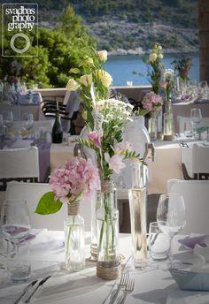 Looking for beautiful yet rustic? look no more! #dubrovnik #weddingflowers