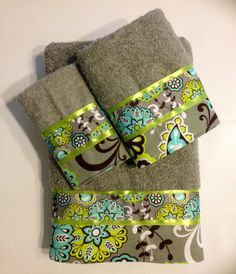Turquoise Gray and Lime Bath Towel Set. www.ladydiblankets.etsy.com - Love her stuff!