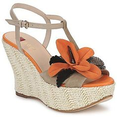 Pin for Later: Make a Statement in the Heat With the Very Best Summer Sandals Högl DIETLINDE Mandarine Högl DIETLINDE Mandarine (£103) Summer Sandals, Court Shoes, Popsugar, Photo Galleries, Espadrilles, Swarovski, Wedges, Lady, Fashion