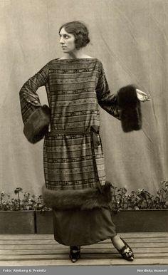 Fashion photo for Swedish department store Nordiska Kompaniet, 1923. Photo by Almberg & Preinitz.