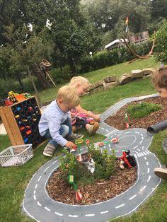 Kids backyard playground, backyard swings, backyard for kids, playground id Kids Backyard Playground, Playground Design, Backyard For Kids, Backyard Projects, Garden Projects, Playground Ideas, Garden Ideas Kids, Backyard Swings, Natural Playground