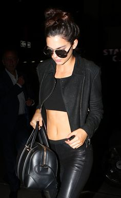 How does she do it?  absolutely stunning and she makes it look so simple and relax!  Love it!  ... Kendall Jenner