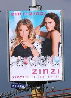 Zinzi. Een hele sterke reclame, de ambassadeursstrategie wordt hier ingezet. Fatima en Kim zijn allebei bekend en mooie vrouwen. Door die zo op de voorgrond te zetten met mooie juwelen rond hun lichaam zullen veel meisjes dit heel mooi vinden en het ook willen hebben.