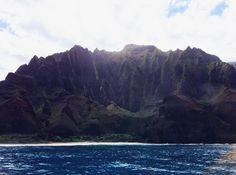Awesome view of the Na Pali coast. Thanks @rainy323168   #traveladdict #globe_travel #livealoha #travelers #alohaserveddaily #hilife #naturelife #hawaiistagram #instagramhi #luckywelivehawaii #travelstoke #wearehawaii #travellife #travelporn #travelandlife #islandstyle #wonderlust #worldtraveler #onlyinhawaii #hawaiinei #hawaiiunchained #glimpseofhawaii #ilovehawaii #808allday #righteoushawaii #hawaiibound #hawaiiliving #hawaiiantropic