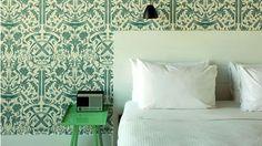 Wythe hotel Brooklyn chambre papier peint motifs