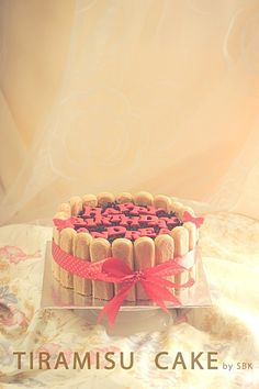 ~ Tiramisu Cake... @FoodBlogs