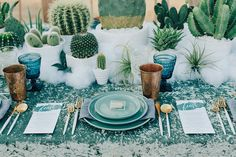 Cactus Wedding Table: Embrace the cactus completely and let it be the focal inspiration for your tablescape and decor. Event Planning Design, Event Design, Chic Wedding, Wedding Table, Dream Wedding, Wedding Colors, Wedding Flowers, Wedding Bells, Southwestern Wedding
