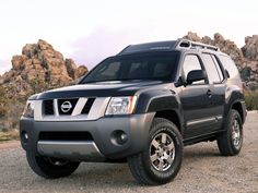 2013 Nissan Xterra Front Angle Photo