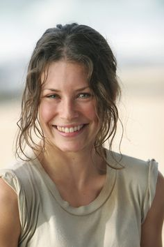 Click image to close this window Canadian Actresses, Hot Actresses, Beautiful Actresses, Nicole Evangeline Lilly, Evangeline Lilly Bikini, Pretty Eyes, Hollywood Celebrities, Celebrity Weddings, Beautiful Women