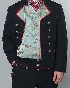 Komplett bunad med sølv - god pris hos Embla bunader i Stavanger. Folk Costume, Costumes, Stavanger, My Heritage, Traditional Outfits, Norway, Vikings, Badass, Scandinavian