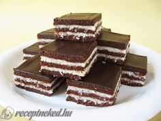klapper – Page 2 – Kreatiewe Kos Idees Köstliche Desserts, Dessert Drinks, Sweets Recipes, Cookie Recipes, Delicious Desserts, Baking Cupcakes, Cupcake Cakes, Chocolate Coconut Slice, Sweet Bar