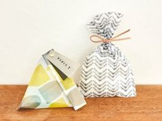 画像1: 水縞模様グラシン袋